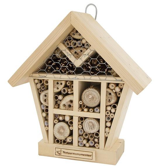 natuurmonumenten-insectenhuis-sol-small - Biobestrijding